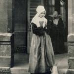 Вбрання сестри на  початковому етапі формації  в роках с. Марти